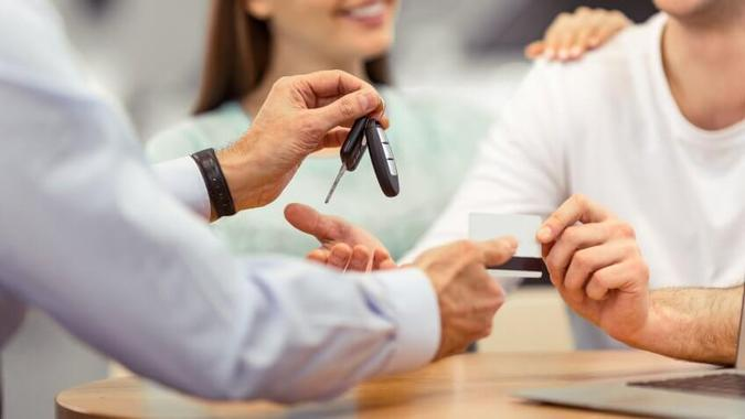 How Financing or Leasing a Car Helps Build Credit