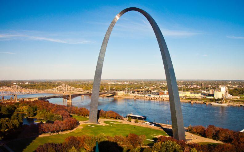 Missouri arch water bridge