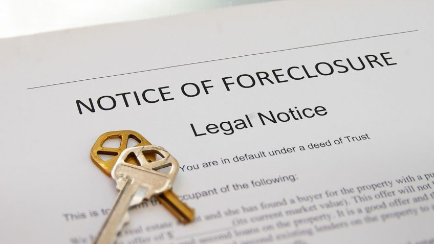 How Many Mortgage Payments Can I Miss Before Foreclosure Happens?