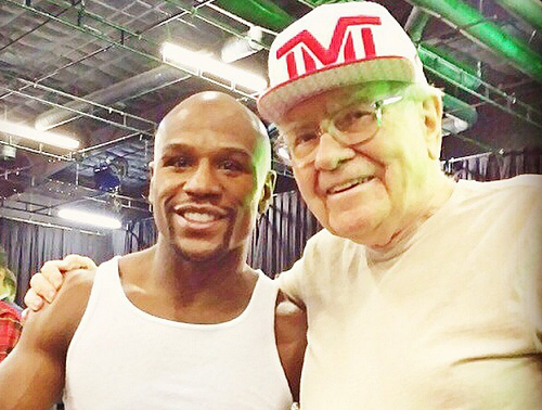 Warren Buffett Is Helping Floyd Mayweather Turn $100M Into $1 Billion