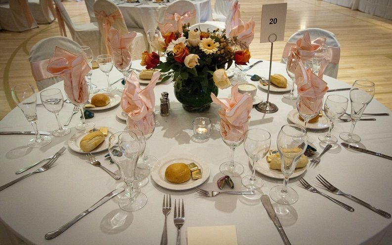 renting table linens