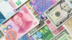 5 Smart Money Tips From Around the World
