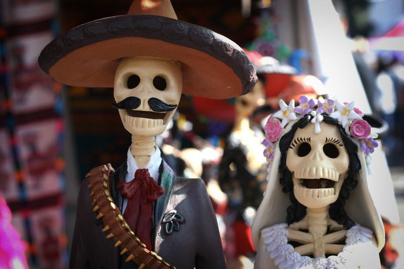 15 Financial Lessons Passed Down for Dia De Los Muertos