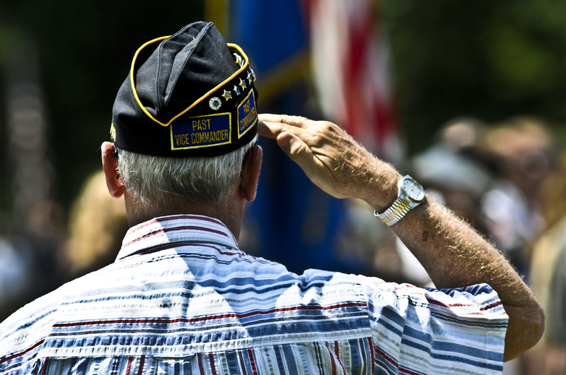 Are Banks Open on Veterans Day 2014?