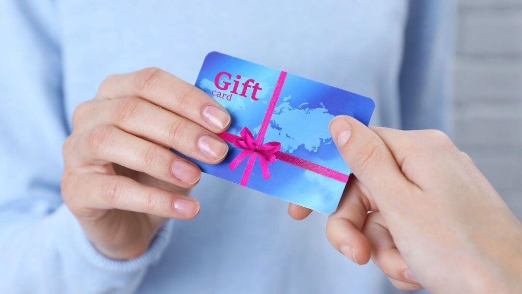 how to sell gift cards online for cash gobankingrates. Black Bedroom Furniture Sets. Home Design Ideas