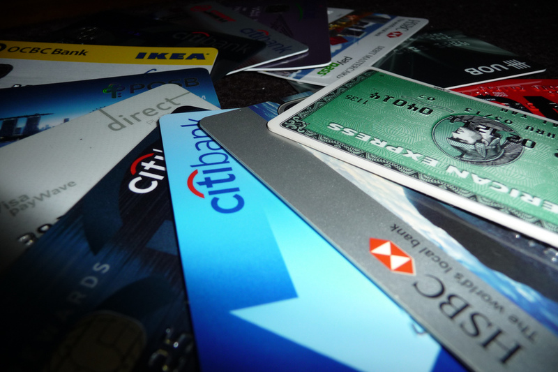 10 Signs You Own Too Many Credit Cards