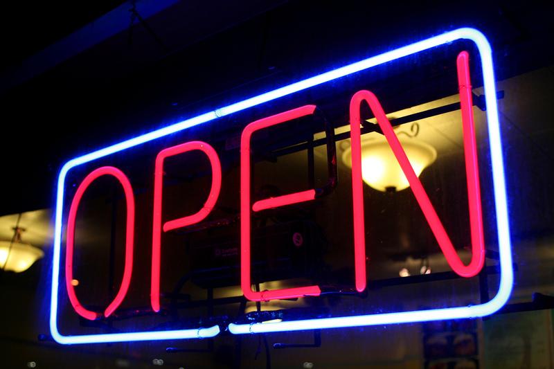 Stores Open