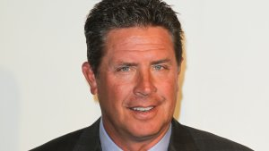 How Dan Marino, Vince Young and Other Broke NFL Players Lost Their Fortunes