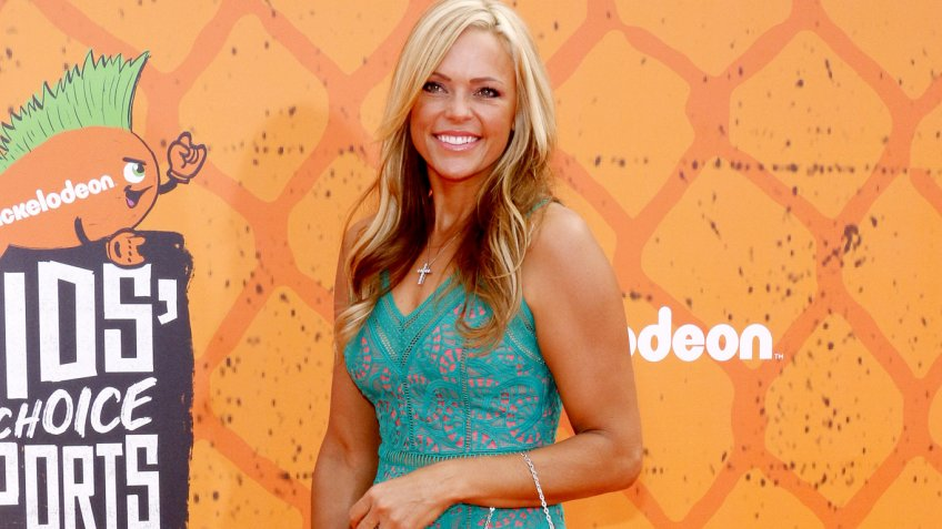 Jennie Finch Net Worth