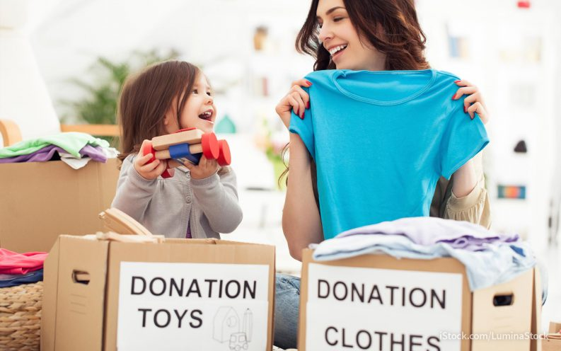donating clothes to charity