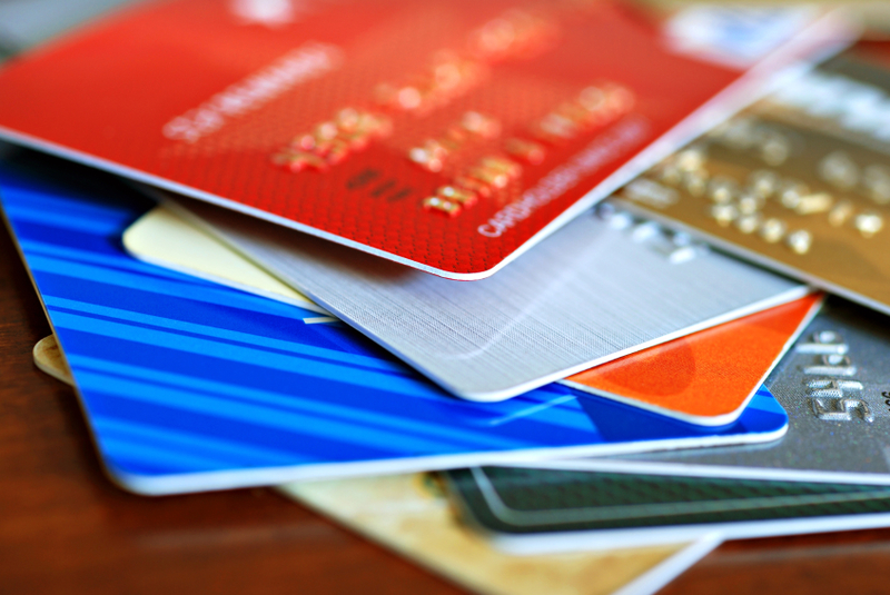 How Credit Cards Help and Hurt Your Credit Score