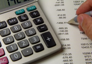 How to Use Free Balance Transfers From Checking to Rebuild Your Savings Account