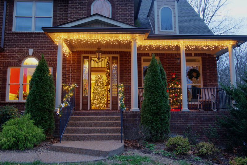 5 Holiday Signs You Need a New House in Salt Lake City