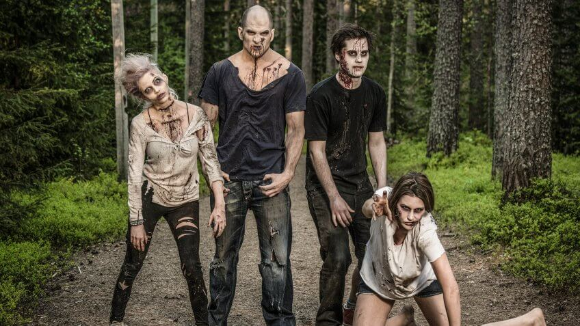 'The Walking Dead' Returns: How to Make a Zombie Apocalypse Kit for Under $200