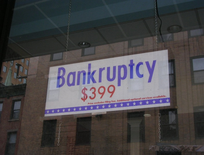 5 Signs It's Time to File for Bankruptcy