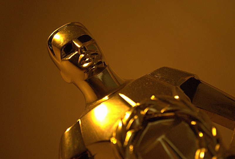 The 2015 Oscar Swag Bag Is Worth $168,000 But Comes With a Catch