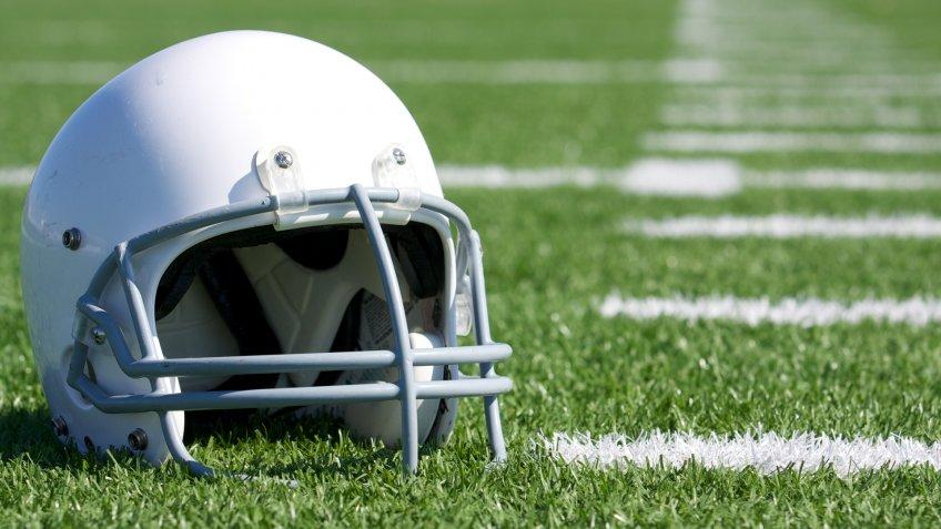 FOOTBALL, helmet, sports