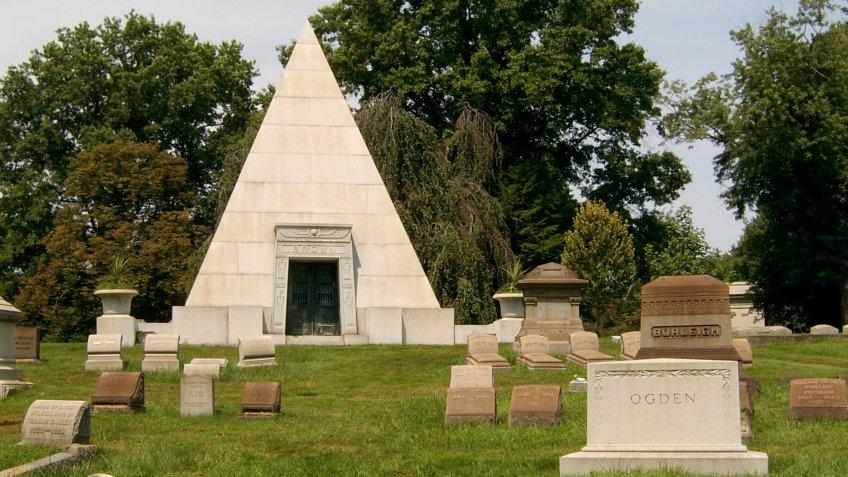 Cemeteries, Homewood Cemetery, pyramid tombstone, tombstones