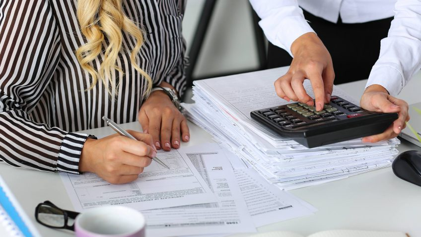 tax lien on credit report