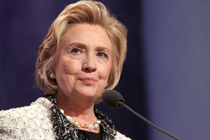 How Much Hillary Clinton's Plan to Tax Texting Will Cost You