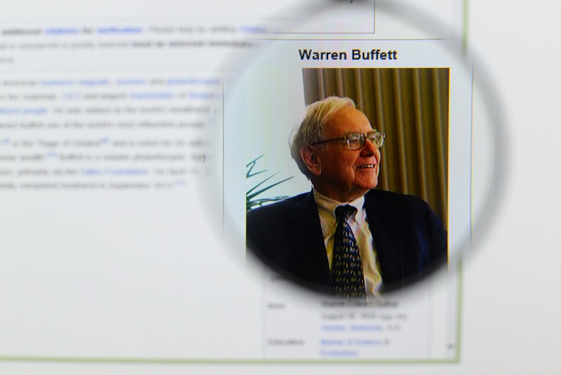 12 Money Experts Explain the Secret to Warren Buffett's Success