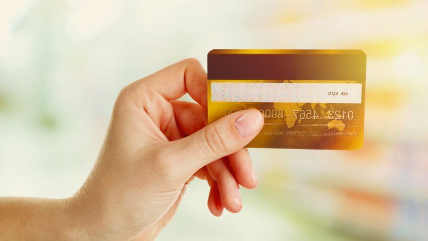 Best Cash-Advance Credit Cards With Low Fees and Low Rates