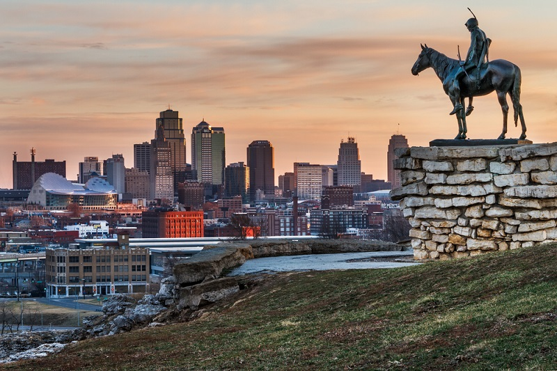 How to Save Money Over the Summer in Kansas City