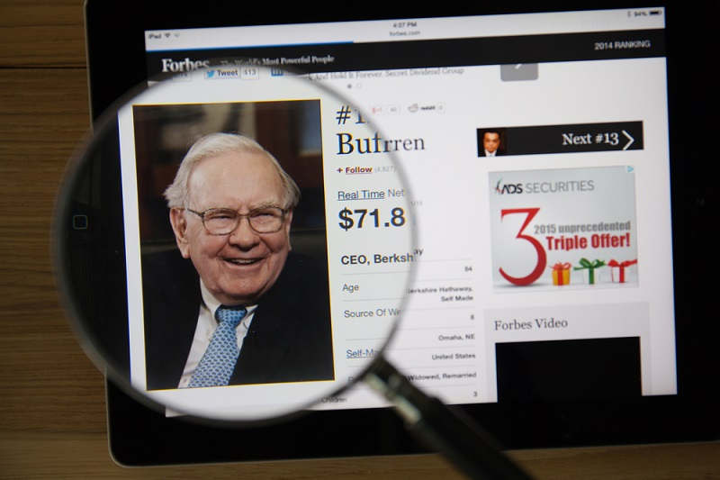 Warren Buffett's 14 Best Tips for the Class of 2015