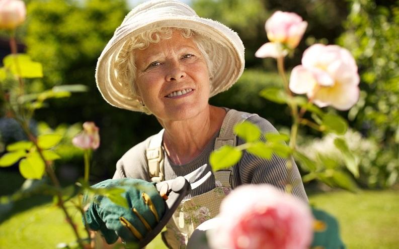 senior_gardening_passion-_3.jpg