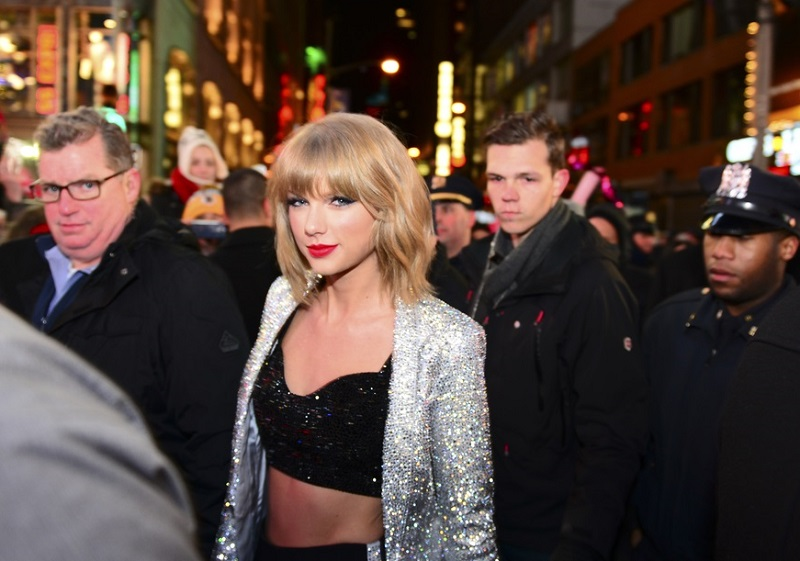 Taylor Swift's Threat to Pull '1989' Album Convinces Apple to Change Royalty Policy