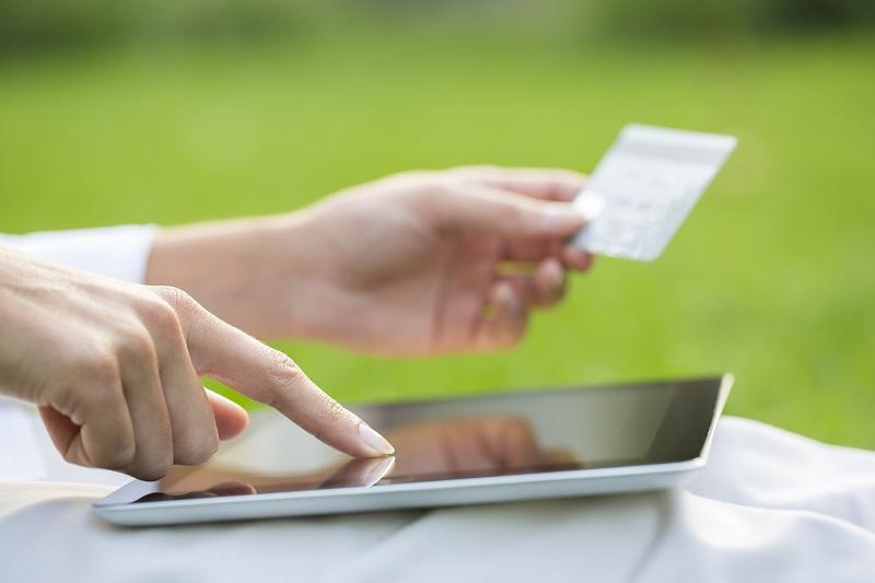 best checking account features