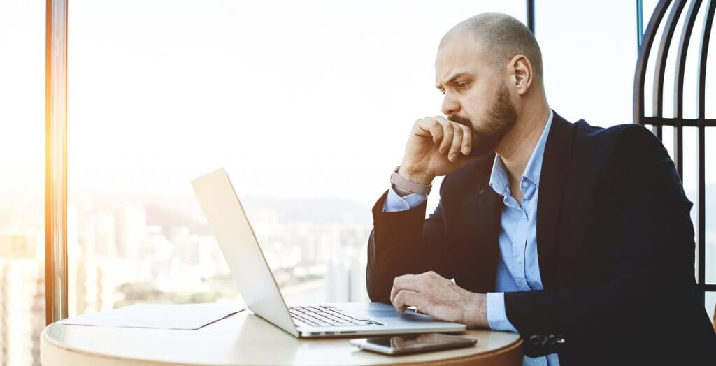 20 worst mistakes rookie investors make gobankingrates