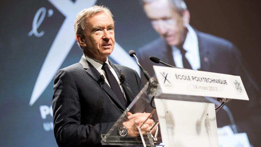 "Bernard Arnault ""LVMH, la construction d'un leader mondial Français""."