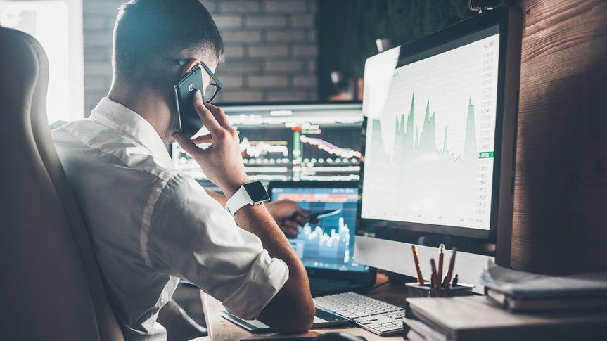 stock investing desk.