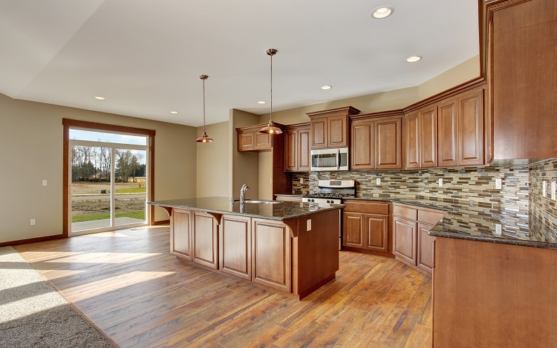 What a million dollar home looks like in the u s for Kitchen flooring trends