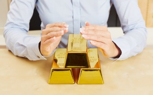 5 Precious Metal Investments Better Than Gold