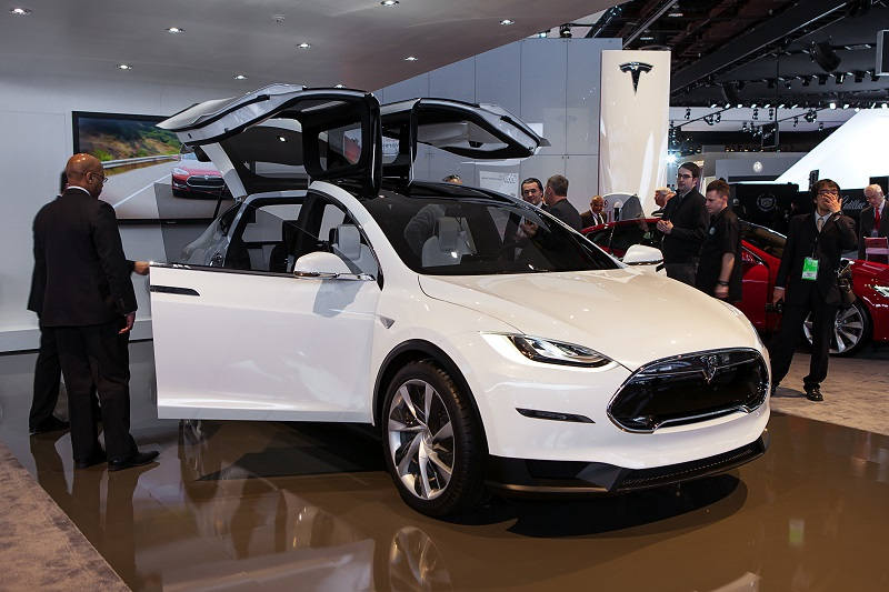Tesla Model X Ships Model 3 To Cost 35k Says Elon Musk