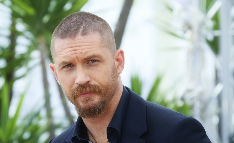 Tom Hardy Net Worth: 'Legend' Star And James Bond Front ...
