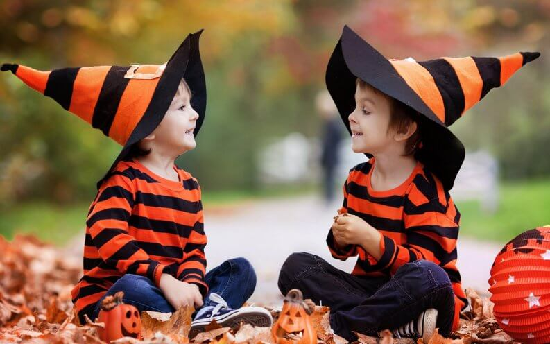 Here are some cheap DIY kids costumes for this Halloween.