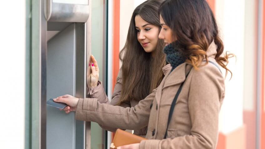 These 5 Banks Offer the Best Customer Service