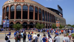 World Series 2015: How Much Will It Cost for New York Mets and Kansas City Royals Fans to Attend?