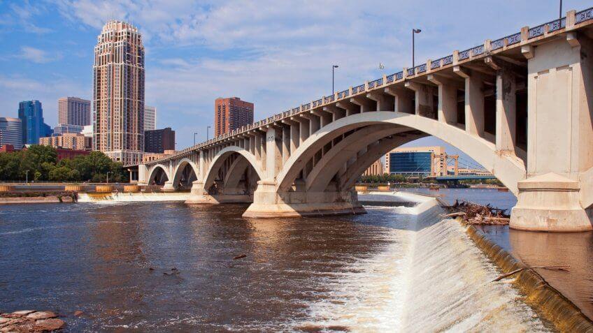 Minnesota's St. Anthony's Falls Bridge