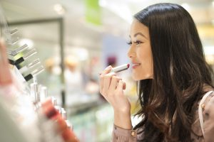 How to Score Free Samples at Stores Like Sephora and Target