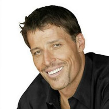 money-expert-TonyRobbins