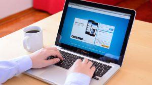 5 Ways Your Social Media Accounts Hurt Your Career