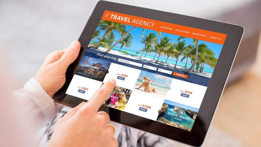 Secrets To Save Big On LastMinute Travel GOBankingRates - Last minute travel deals from ewr