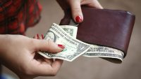 8 Simple Ways to Stretch a Dollar