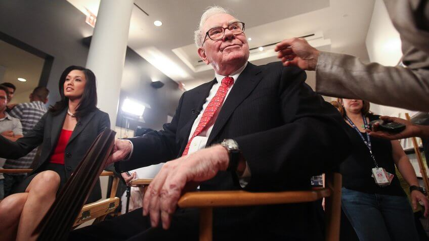 NEW YORK - JUNE 02:  Warren Buffett, Chairman and CEO of Berkshire Hathaway, waits to testify before the Financial Crisis Inquiry Commission (FCIC) at The New School June 2, 2010 in New York City.