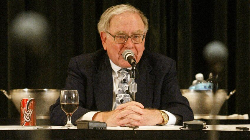 OMAHA, NE - MAY 4:  Berkshire Hathaway's CEO Warren Buffett answers questions at a news conference May 4, 2003 in Omaha, Nebraska.