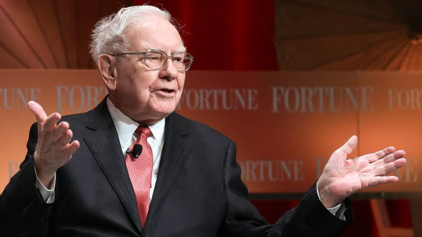"WASHINGTON, DC - OCTOBER 13:  Warren Buffett, chairman and CEO of Berkshire Hathaway, speaks during the Fortune summit on ""The Most Powerful Women"" at the Mandarin Hotel October 13, 2015 in Washington, DC."